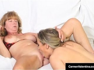 Carmen Valentina Uses large fake penis With Mature Dee Delmar!