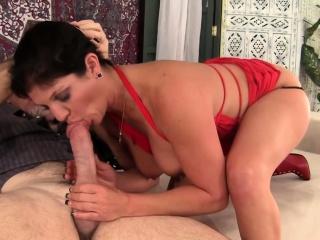 Mature Carolyn joy button Takes a phat dick