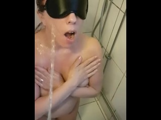 Piss beyond everything Hot Blindfolded get hitched