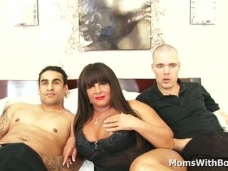 Obese mammy Cassidy Exe shagging one maturing Cocks