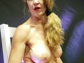 '#PHMILF indeed Smoker mommy Puts on lip liner, Smokes four Cigs and bod shot!'