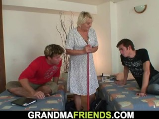 Highly senior blond grandma satiate 2 youthful men