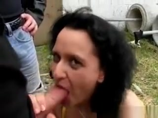 Ultra-kinky dark haired cougar biotch Blows salami