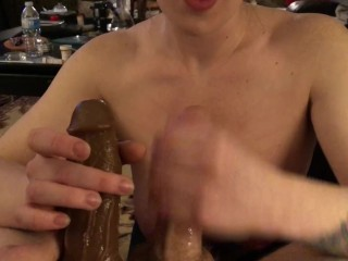 Emulate blowjob added to cum shot at newcomer disabuse of hot tow-headed floosie