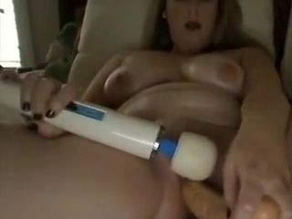 Kinky mature brown-haired heads solo and fucktoys her fuckbox
