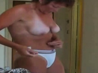 Love my uber-cute wooly mommy downright bare. Covert webcam