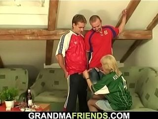 Soiree leads to 3some lovemaking with torrid blondie granny
