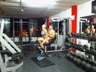 Roomhot08 - bare work out