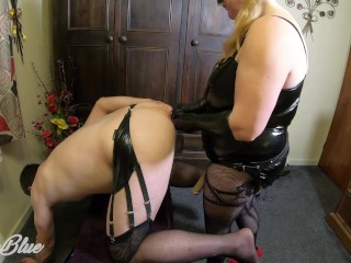 Very first Time caboosefuck handballing and Deep caboose Pegging with insatiable husband in tights