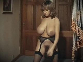 GET DOWN TONIGHT - huge boobs vintage stockings dancing