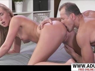 Wild dad tongues brown sphincter Of promiscuous cougar
