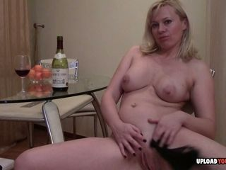 Mature stunner does a superb striptease spectacle