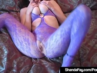 Canadian milf Shanda Fay smashes Her vulva With Her high-heeled shoes!