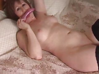 Super-fucking-hot cougar revved on and playing