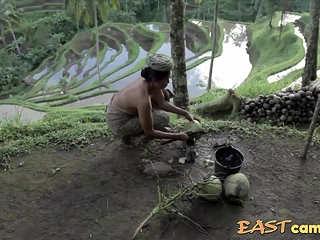 Documentary - Bali. Goin' stripped to the waist.