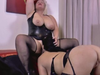 'LACEYSTARR - Lacey and Devon love some girl-girl play'