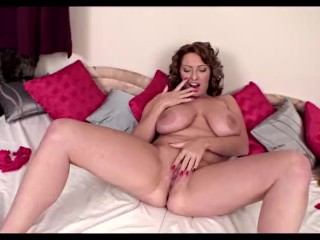 Curvy Milf Salinas in the lurch wonder