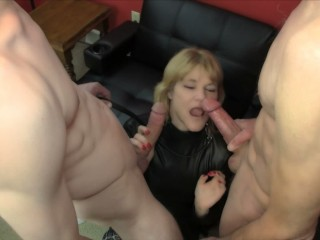 'Amateur Threesome: cougar gives us a dual barrel oral job before we dual internal cumshot her'