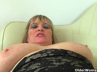 English plumper cougar Katie Coquard thumbs her taut fanny
