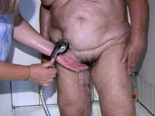 OldNannY grabbing grandma While Taking a tub