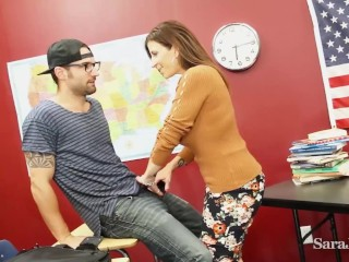'Full Figured milf tutor Sara Jay Gives Her college girl A super-hot A+ fellatio!'