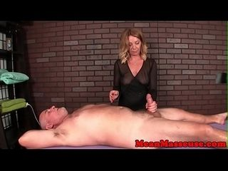 Grown-up masseuse dominates their way custom unearth