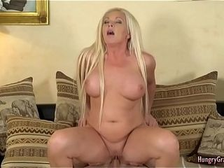 Nasty light-haired grandma with fat funbags likes superb hump