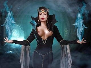 Videoclip - blessed Halloween