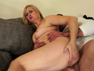 Spex adult up bigtits gets fucked anally