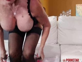 'PORNSTARPLATINUM Latina cougar sumptuous Vanessa boinks ebony fuck stick Solo'