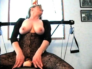 Mature inexperienced cougar gfs big assfucking and muff playthings