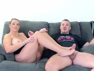 Mansion wifey with ample titties and glasses hand-job