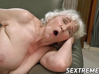 Wondrous  youthful Linda enjoy likes caboose and labia eating by grandma