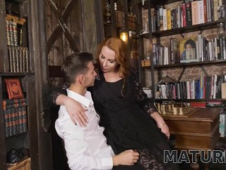 'MATURE4K. Man wins chess game against mature and gets access to her pussy'