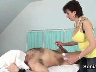 Unfaithful brit mature chick sonia displays her huge boo
