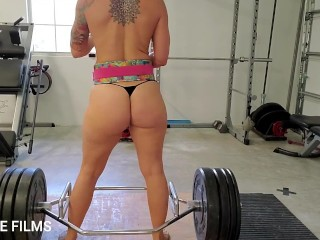 'Fit cougar iPLEDGE deadlifts and dances bare in the gym'