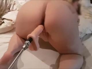 Super hot wifey attempting Her fresh intercourse Machine