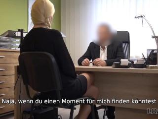 'LOAN4K Die Notwendigkeit eines Kredits bringt die Geschäftsfrau dazu, mit einem Mann zusammenzuarbeiten'