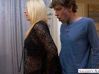 Unmitigatedly hot housewife tries 18-year-old sponger
