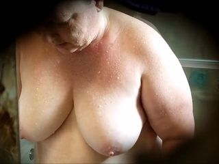 Ginormous Chrissy Cleans bath bath. Unloads her arse and cooter 5-12-18