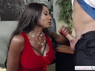 Black cougar Diamond Jackson sole worship in the Office