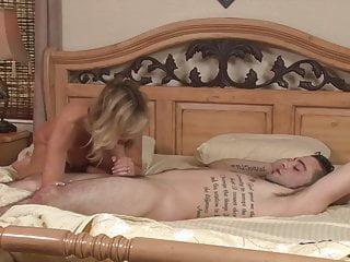 Mummy plumbs Her Unwanted sonny