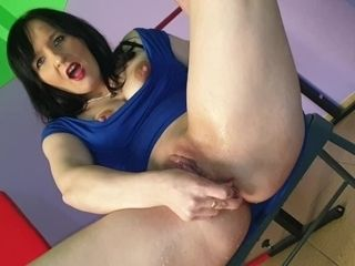 'Hot Emilka after teaching and 2 fuck-holes in motility. Pee and assfucking Welcome !!!!'