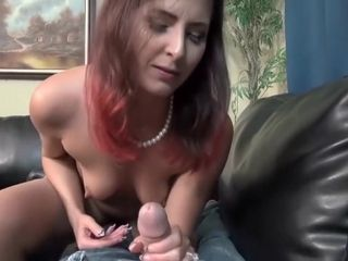 Perishable milf does some calling pl...