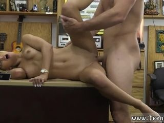 Mature ash-blonde frigging Paying dues to get that ring back