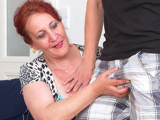 Nasty mature hoe nailing her toy stud on the bed