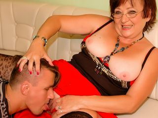 Crazy mature humps 2 studs in a row