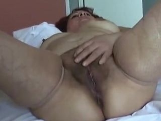 Hot matures pussy bringing off 2