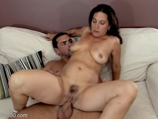 Single mother with massive hooters gets cum-shot after having joy with her fucktoy man
