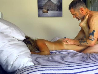 Hubby thumbs, tongues, bangs his muddy conversing cuckold while she wails